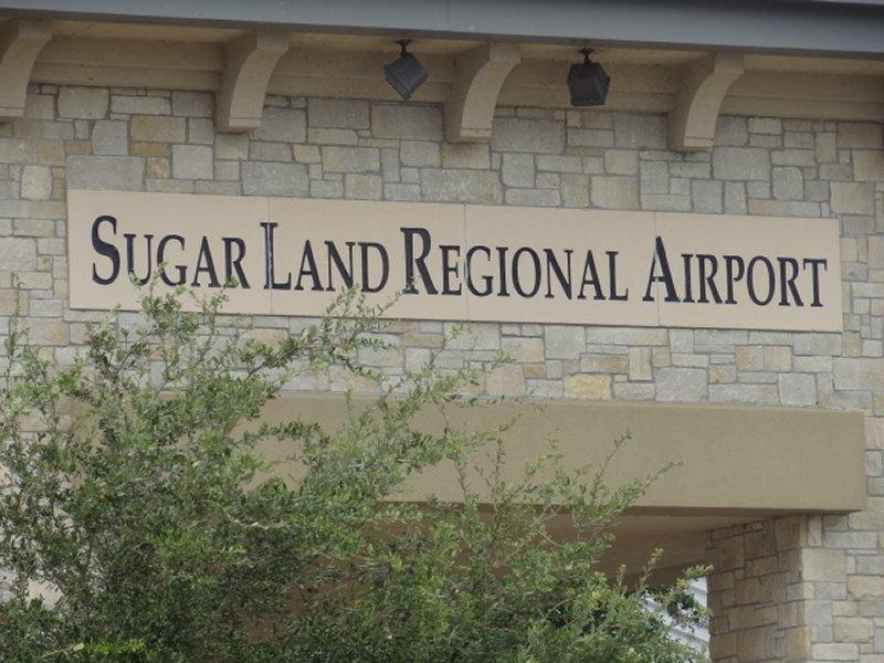 SugarLand Airport3