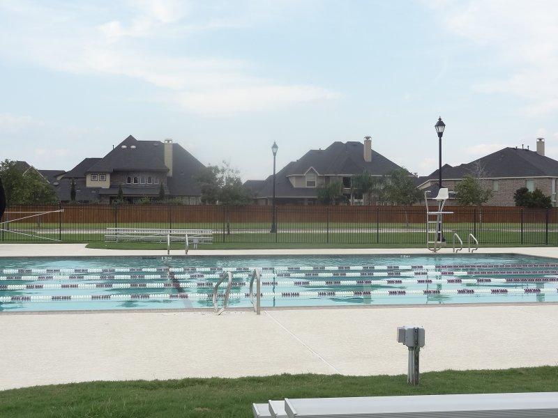 firethorne pool second