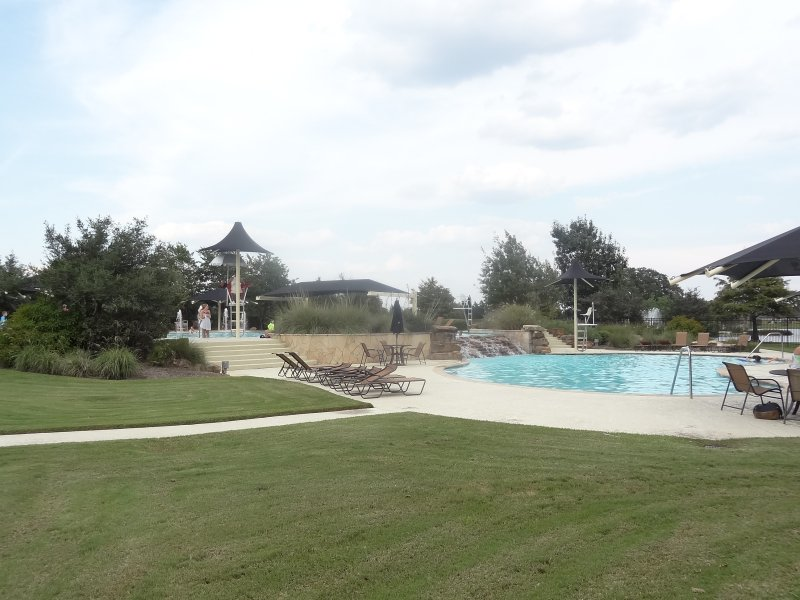 firethorne pool1