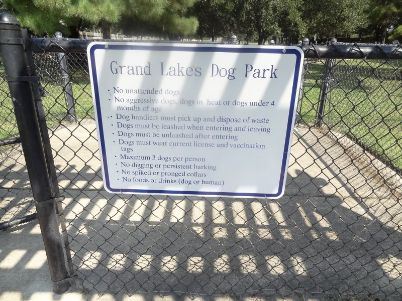 grand lakes dog park5
