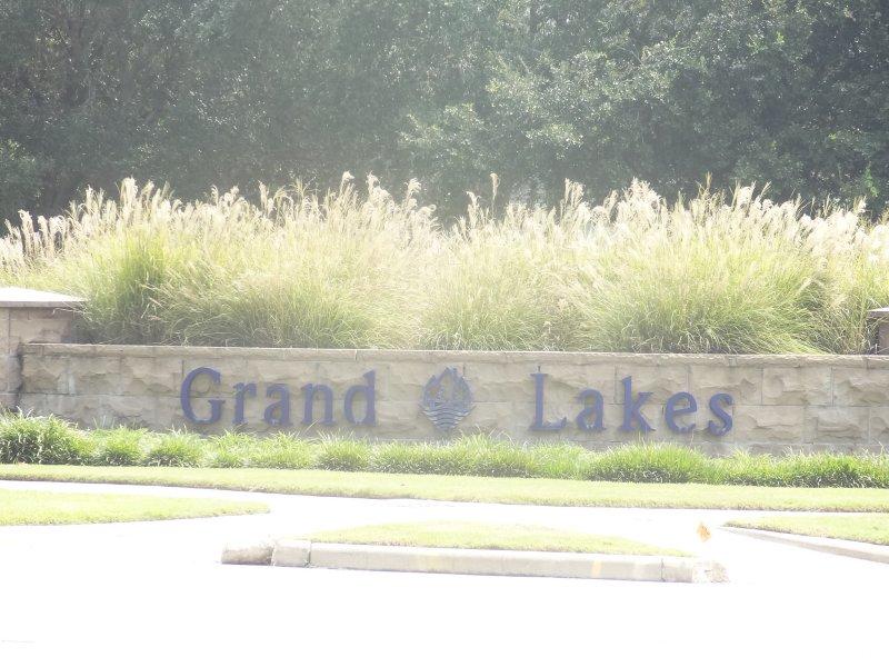 grand lakes katy