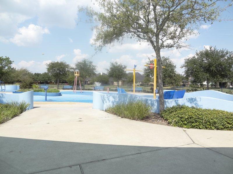 grand lakes park14