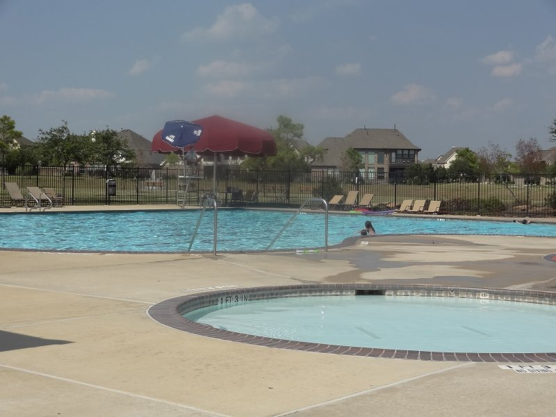 pine mill ranch pool2