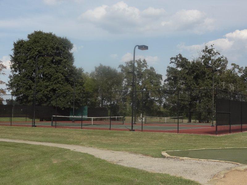 woodcreek reserve tennis1